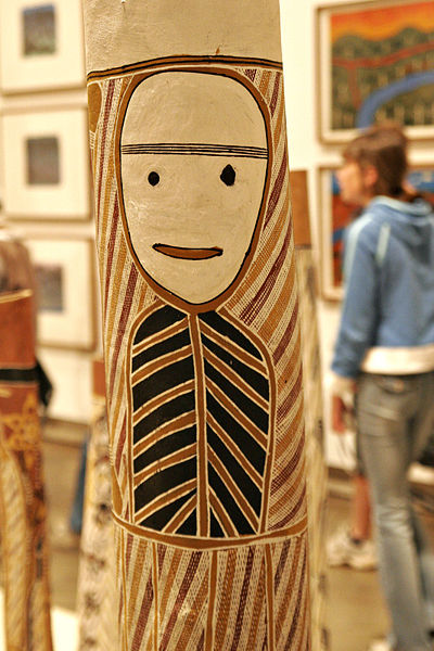 Aboriginal holllow log tomb image
